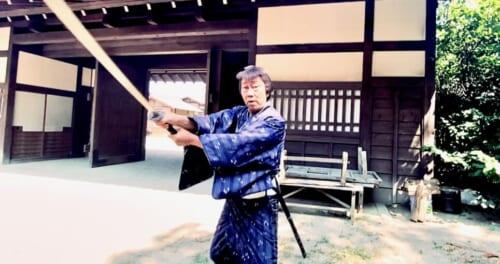 デビュー60周年の橋幸夫、思い出の京都でルーツを斬る