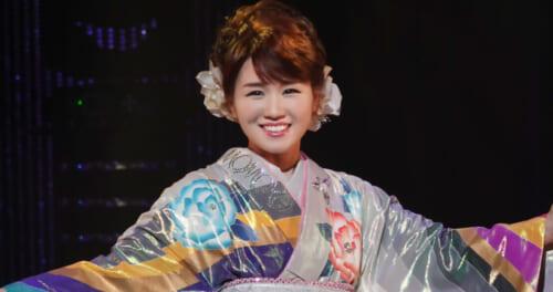 """大沢桃子が""""どんどはれ""""コンサート。「これからも皆さんと一緒に」"""