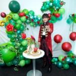 辰巳ゆうとが新曲「誘われてエデン/望郷」をリリース。力作の特大バルーンアート&特製アップルパイを披露し大ヒットへ意欲