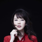 丘みどりが新曲「明日へのメロディ」発売記念してパネル展を全国6カ所で開催。東京会場では本人着用衣装も展示