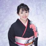 朝花美穂、人情を歌う~新曲「姉弟(きょうだい)役者」で新たな世界へ~