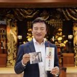 髙城靖雄が亡き母の命日に新曲「酒と」のヒット祈願。「自信をもって『聴いてください』と言える一曲です」