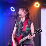 おかゆが新曲「星旅」の発売記念ライブを開催。「新ジャンルを作る気持ちで書き上げた1枚です」