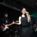 あべ由紀子が8年ぶりに新曲「真夜中の太陽」を発売。記念ライブで思いの丈を歌声に!!