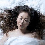 芸能活動40周年を飾る、伍代夏子の壮大な作品「歌謡劇 雪中相合傘―科白編―」