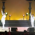 はやぶさがデビュー10周年記念コンサートを開催。皿まわしや傘まわしの曲芸にも初挑戦し、10周年の集大成を見せた!!