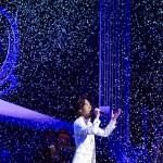 """""""あなたを愛で奪いたい""""と、山内惠介が五大都市ツアーの東京公演を開催。自身のルーツにスポットを当て、ラストは最大量の雪が舞う!"""